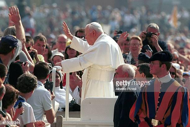 John Paul II requested clemency for Derek Barnabei an American of Italian origin who is on death row in Virginia