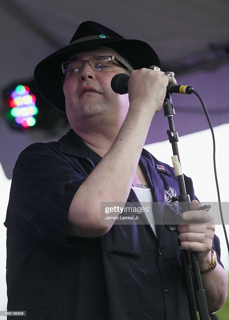 John Popper attends Adam Carolla's Cinco De Mangria party benefiting Children's Hospital Los Angeles on May 5, 2013 in Malibu, California.