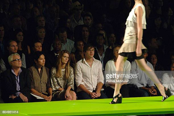 John Reinhold Mischa Barton Dan Renzi and Maria Sharapova attend MARC JACOBS Spring 2007 Fashion Show at New York Armory on September 11 2006 in New...