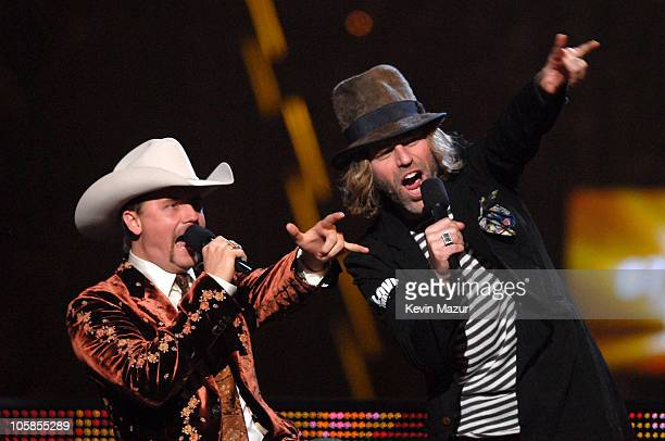 John Rich and Big Kenny of Big Rich introduce a performance by Hank Williams Jr