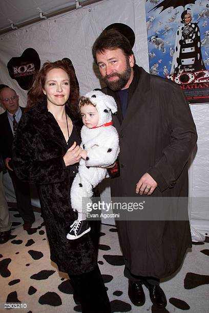 John Ritter with wife Amy Yasbeck and daughter Stella at the world premiere of '102 Dalmatians' at Radio City Music Hall in New York City.