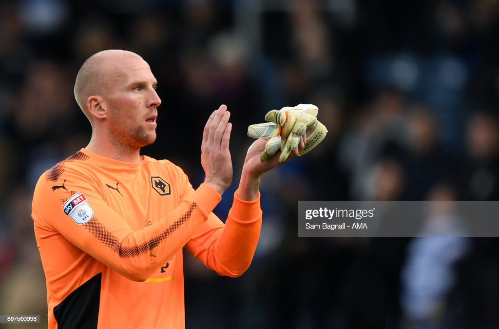 John Ruddy of Wolverhampton Wanderers during the Sky Bet Championship match between Queens Park Rangers and Wolverhampton at Loftus Road on October 28, 2017 in London, England.