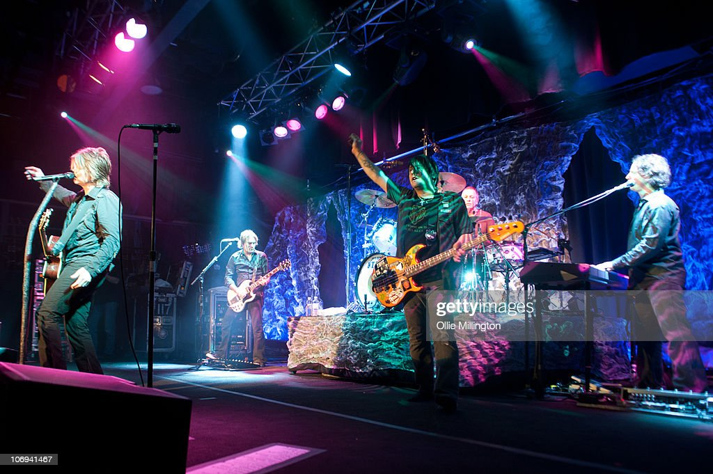 John Rzeznik, Brad Fernquist, Robby Takac, Mike Malinin and Korel Tunador of Goo Goo Dolls perform on stage at O2 Academy on November 17, 2010 in Leicester, England.