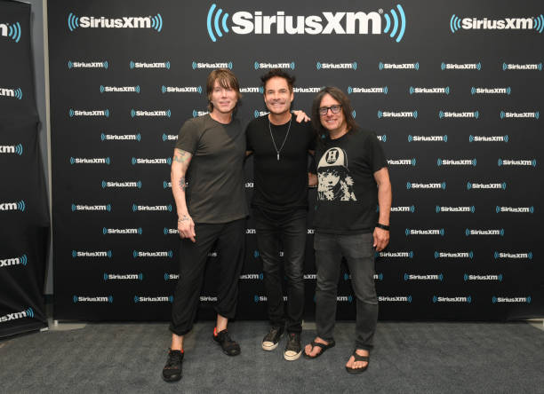 TN: Train And Goo Goo Dolls Perform Live On SiriusXM's The Pulse Channel At The SiriusXM Nashville Studios