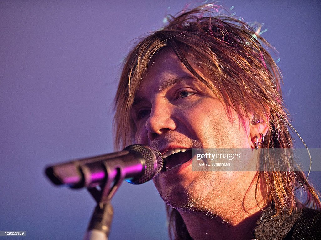 John Rzeznik of the Goo Goo Dolls performs at 'The Eric & Kathy Second Chance Homecoming', presented by 101.9fm THE MIX at the Fairmont Chicago Millennium Park Hotel on October 15, 2011 in Chicago, Illinois.