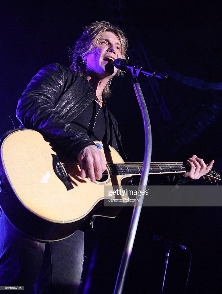 John Rzeznik of the Goo Goo Dolls performs at The Paramount on November 12, 2011 in Huntington, New York.