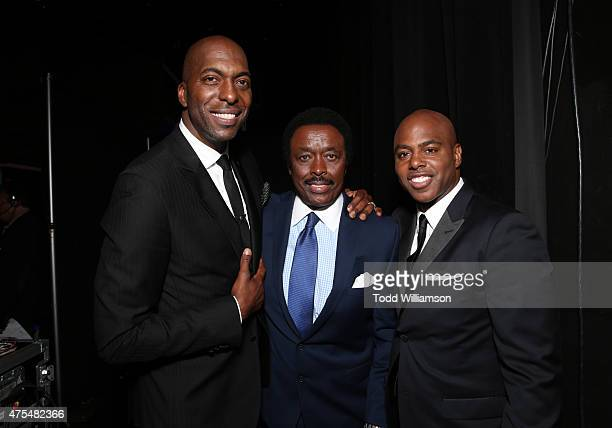 John Salley Jim Hill and Kevin Frazier attend the 2015 CedarsSinai Sports Spectacular at the Hyatt Regency Century Plaza on May 31 2015 in Century...