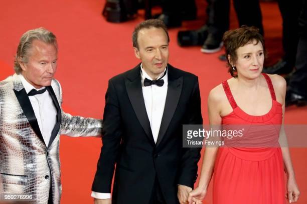 John Savage Roberto Benigni with his wife Nicoletta Braschi attends the screening of 'Dogman' during the 71st annual Cannes Film Festival at Palais...