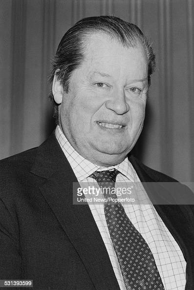 Loyalty Rewards Program >> Earl Spencer Pictures | Getty Images