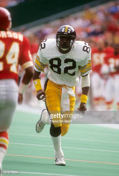 John Stallworth of the Pittsburgh Steelers in action against the Kansas City Chiefs during an NFL football game at Arrowhead Stadium November 11 1979...