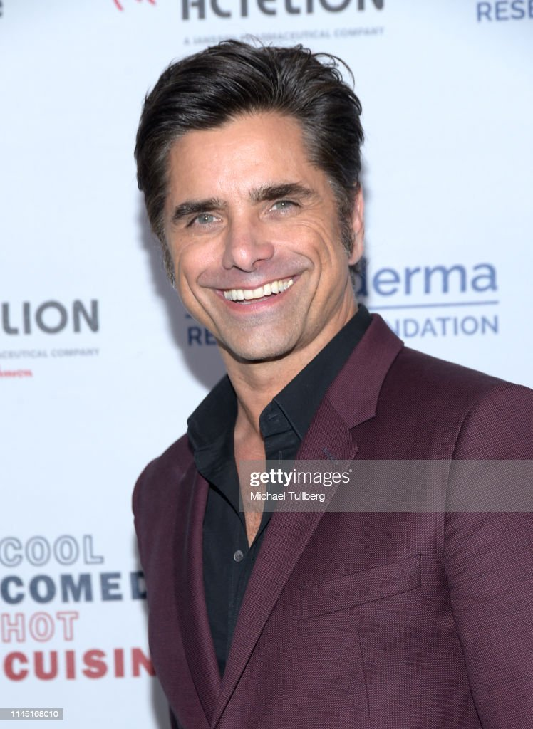 Scleroderma Research Foundation Presents Bob Saget's Cool Comedy Hot Cuisine - Arrivals : News Photo