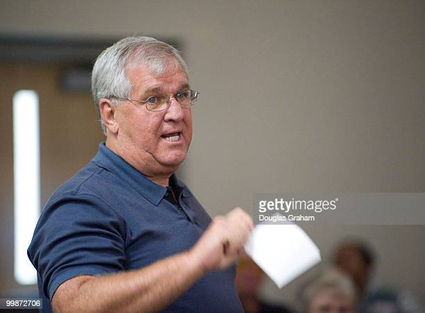 John Stapleton ask a question of Rick Boucher DVA during a town hall meeting on health care at the Southwest Virginia Higher Education Center in...
