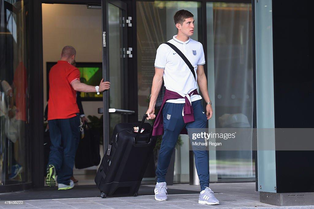 England U21 Team depart Czech Republic - UEFA Under21 European Championship 2015 : News Photo