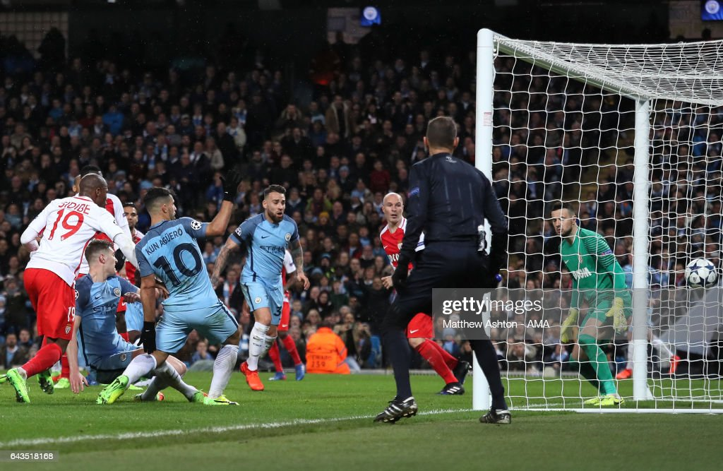 John Stones of Manchester City scores his team's fourth goal to make the score 4-3 during the UEFA Champions League Round of 16 first leg match between Manchester City FC and AS Monaco at Etihad Stadium on February 21, 2017 in Manchester, United Kingdom.