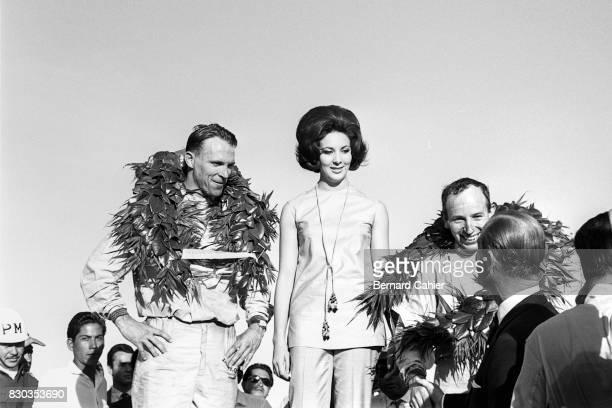 John Surtees Dan Gurney Grand Prix of Mexico Autodromo Hermanos Rodriguez 25 October 1964