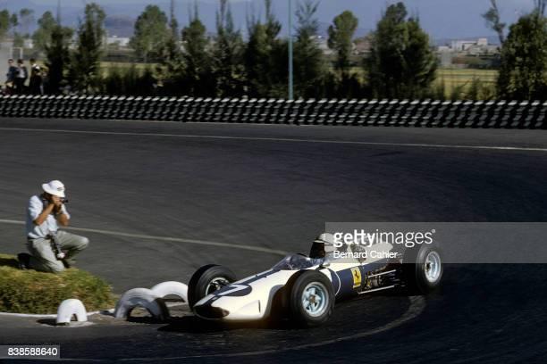 John Surtees Ferrari 158 Grand Prix of Mexico Autodromo Hermanos Rodriguez 25 October 1964