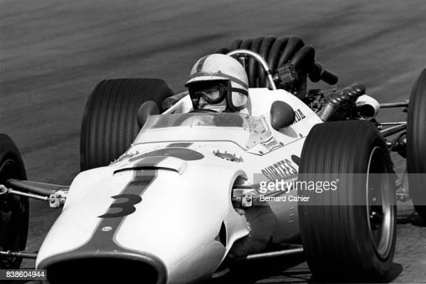 John Surtees, Honda RA300, Grand Prix of Mexico, Autodromo Hermanos Rodriguez, Magdalena Mixhuca, 22 October 1967.