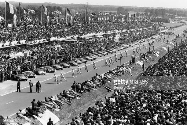 John Surtees, Masten Gregory, Pedro Rodriguez, Ferrari 330P, Ford GT40, 24 Hours of Le Mans, Le Mans, 22 June 1964. Start of the 1964 24 Hours of Le...