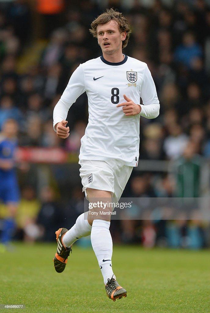 England u19 v Ukraine U19 : Foto jornalística