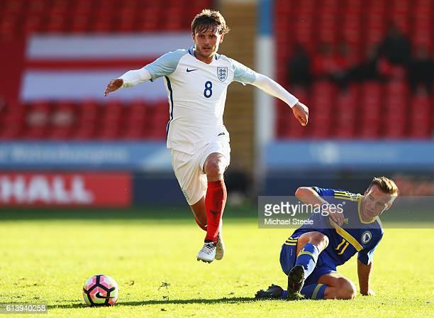 John Swift of England U21 evades Deni Milosevic of Bosnia and Herzegovina U21 during the UEFA European U21 Championship Group 9 qualifying match...