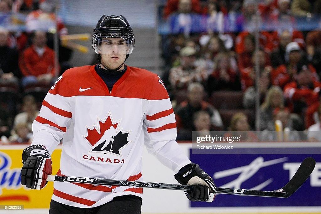 IIHF World Juniors Semifinals - Canada v Russia : News Photo