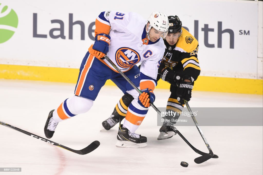 New York Islanders v Boston Bruins