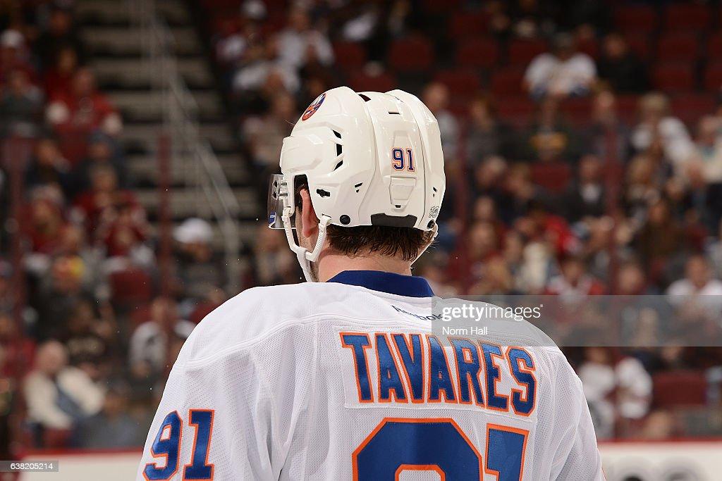 New York Islanders v Arizona Coyotes : News Photo