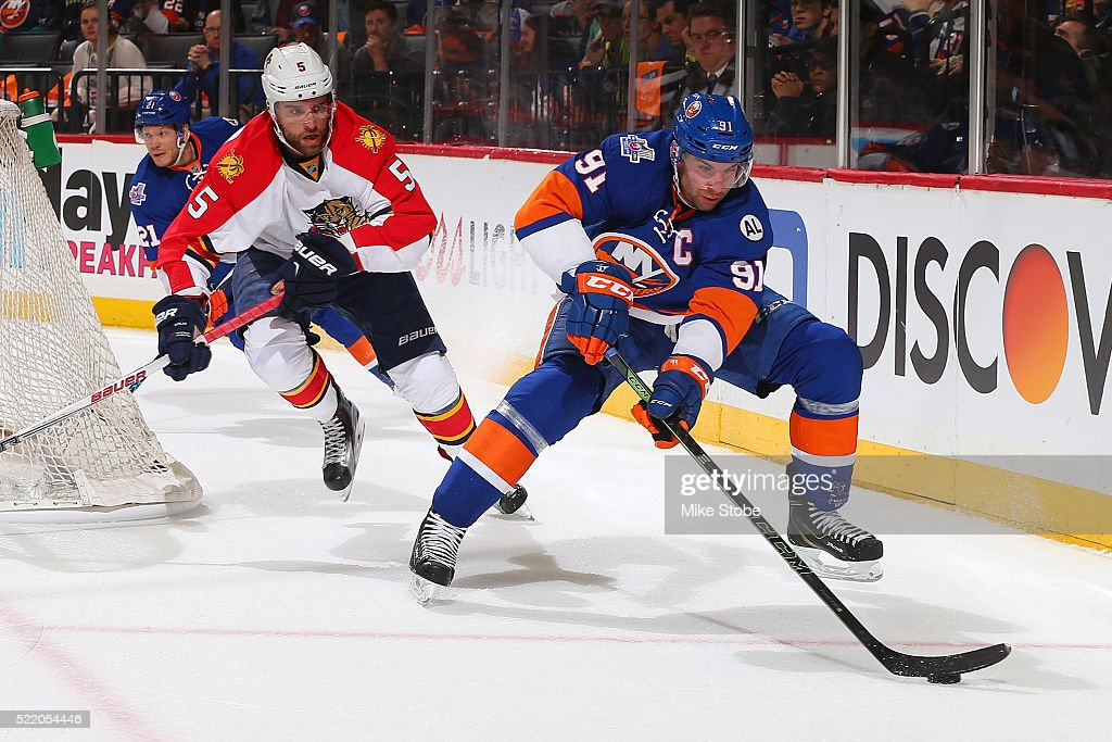 Florida Panthers v New York Islanders - Game Three