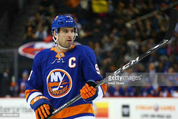 John Tavares of the New York Islanders skates against the Pittsburgh Penguins at Barclays Center on January 5 2018 in New York City Pittsburgh...