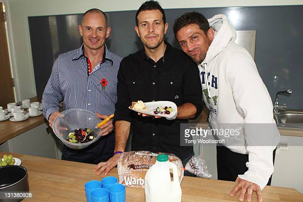 John Thomson Lee Latchford Evans and Alex Reid with school children launch the Better Breakfast Campain on November 5 2011 in Nuneaton England
