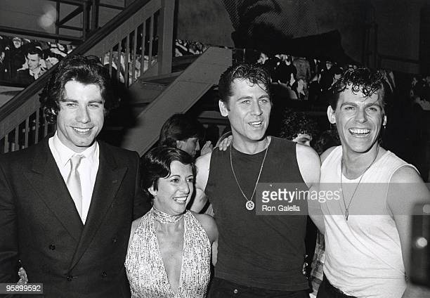John Travolta Jeff Conaway and Cast Members