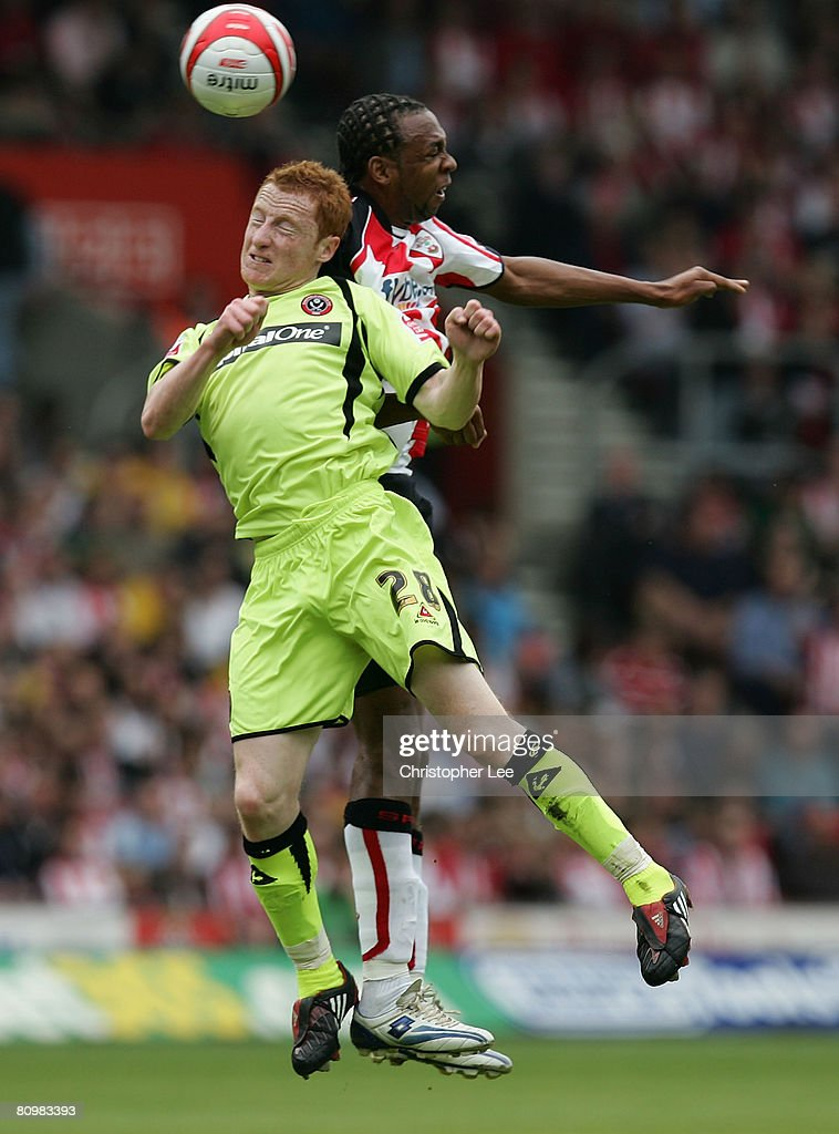 John Viafara of Southampton battles in the air with Stephen Quinn of Sheffield during the Coca-Cola Championship match between Southampton and Sheffield United at St Mary's Stadium on May 4, 2008 in Southampton, England.