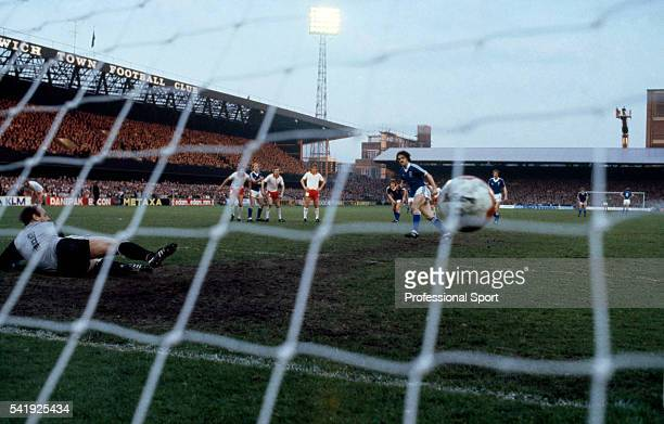 John Wark scores the first goal for Ipswich Town with a penalty kick during the UEFA Cup Final 1st leg at Portman Road in Ipswich 6th May 1981...