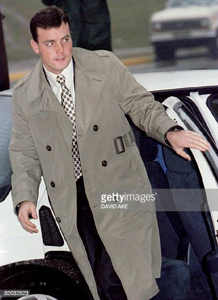 John Wayne Bobbitt arrives at the Prince William County Courthouse in Manassa VA 12 January 1994 for the third day of testimony in his wife Lorena's...