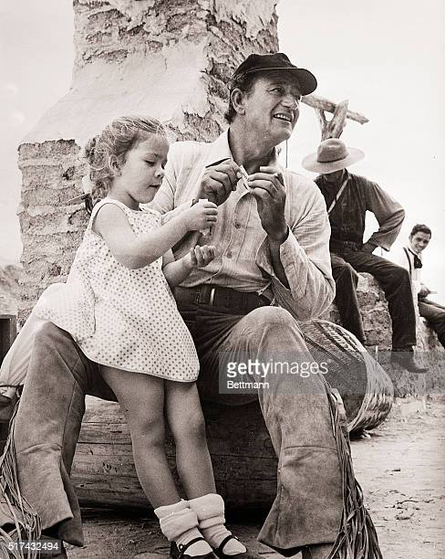 John Wayne Daughter On'The Alamo' Set 1959