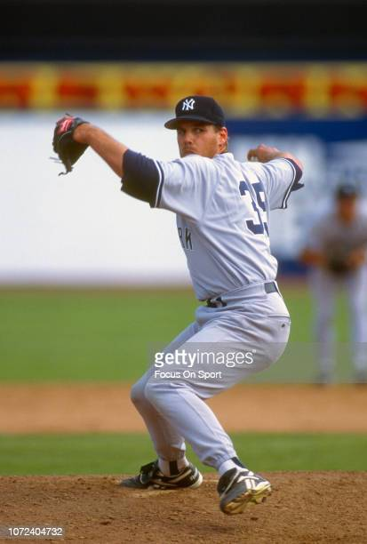 John Wetteland of the New York Yankees pitches during an Major League Baseball game circa 1995 Wetteland played for the Yankees from 199596