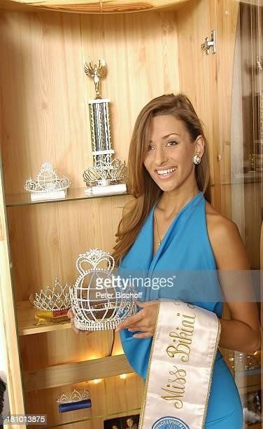 JohnaLena Kwasow Miss B I K I N I International 2003 Homestory RottachEgern Trophäe Preise Pauszeichnungen Krone Pokal SiegerSchärpe Model Promis...