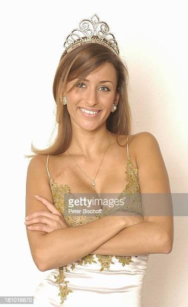 JohnaLena Kwasow Miss B I K I N I International 2003 Homestory RottachEgern selbst entworfenes und geschneidertes Siegerkleid mit SiegerKrone...