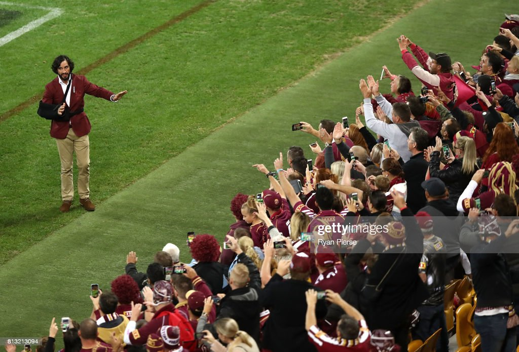 Johnathan Thurston of the Maroons thanks the crowd after game three of the State Of Origin series between the Queensland Maroons and the New South Wales Blues at Suncorp Stadium on July 12, 2017 in Brisbane, Australia.