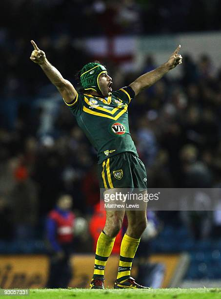 Johnathan Thurston of the VB Kangaroos Australia Rugby League Team celebrates winning the Four Nations Grand Final between England and Australia at...