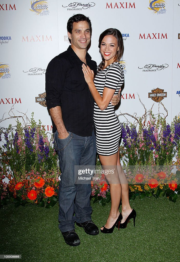 Johnathon Schaech (L) and Jana Kramer arrive for the 11th Annual MAXIM HOT 100 Party held at Paramount Studios on May 19, 2010 in Los Angeles, California.
