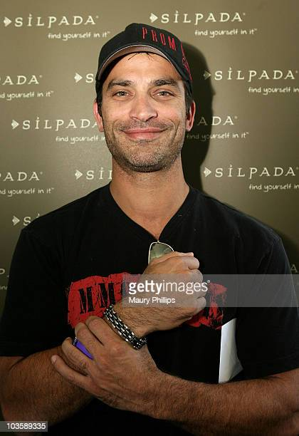 Johnathon Schaech attends the Silpada Designs at 2007 Kari Feinstein Style Lounge on September 14 2007 in Beverly Hills California