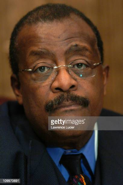 Johnnie Cochran during Johnnie Cochran Denounces Suffolk County District Attorney in Kenneth Walker Case at The Woolworth Building in New York City...