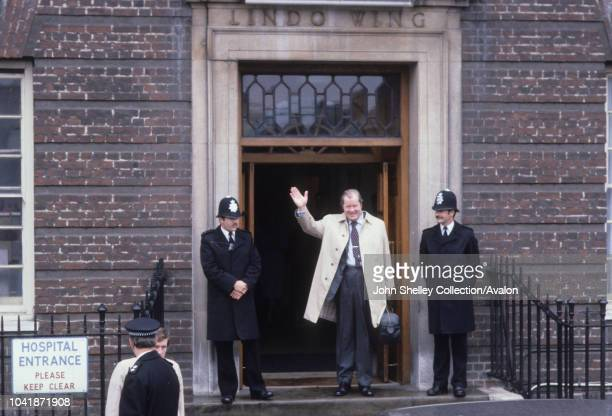 Johnnie Spencer 8th Earl Spencer father of Princess Diana leaves St Mary's Hospital after visiting his newborn grandson William Arthur Philip Louis...