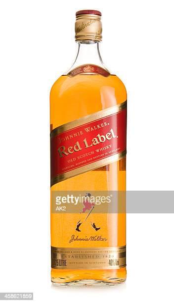 scotch botella de whisky johnnie walker - johnnie walker whisky fotografías e imágenes de stock