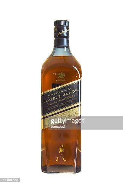 johnnie walker whisky escocés - johnnie walker whisky fotografías e imágenes de stock