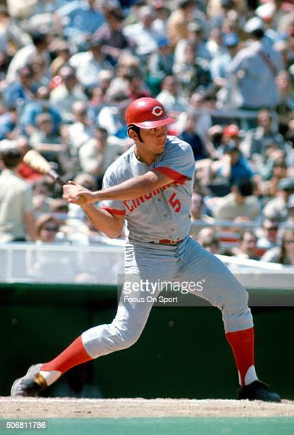 Johnny Bench of the Cincinnati Reds bats against the Philadelphia Phillies during an Major League Baseball game circa 1970 at Veterans Stadium in...