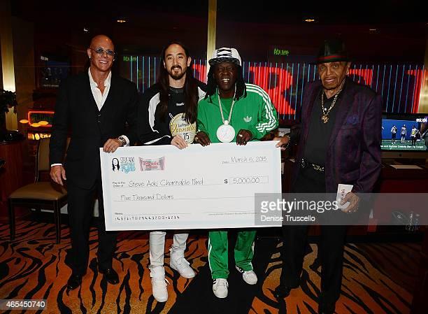 Johnny Brenden Steve Aoki Flavor Flav and Joe Jackson during produce/DJ Steve Aoki's Brenden Celebrity Star presentation at Palms Casino Resort on...