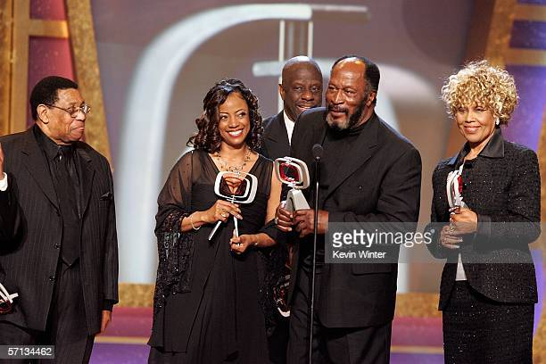Johnny Carter Actress BernNadette Stanis Actor Jimmie Walker Actor John Amos and Ja'net Dubois accept the Impact Award for Good Times onstage at the...