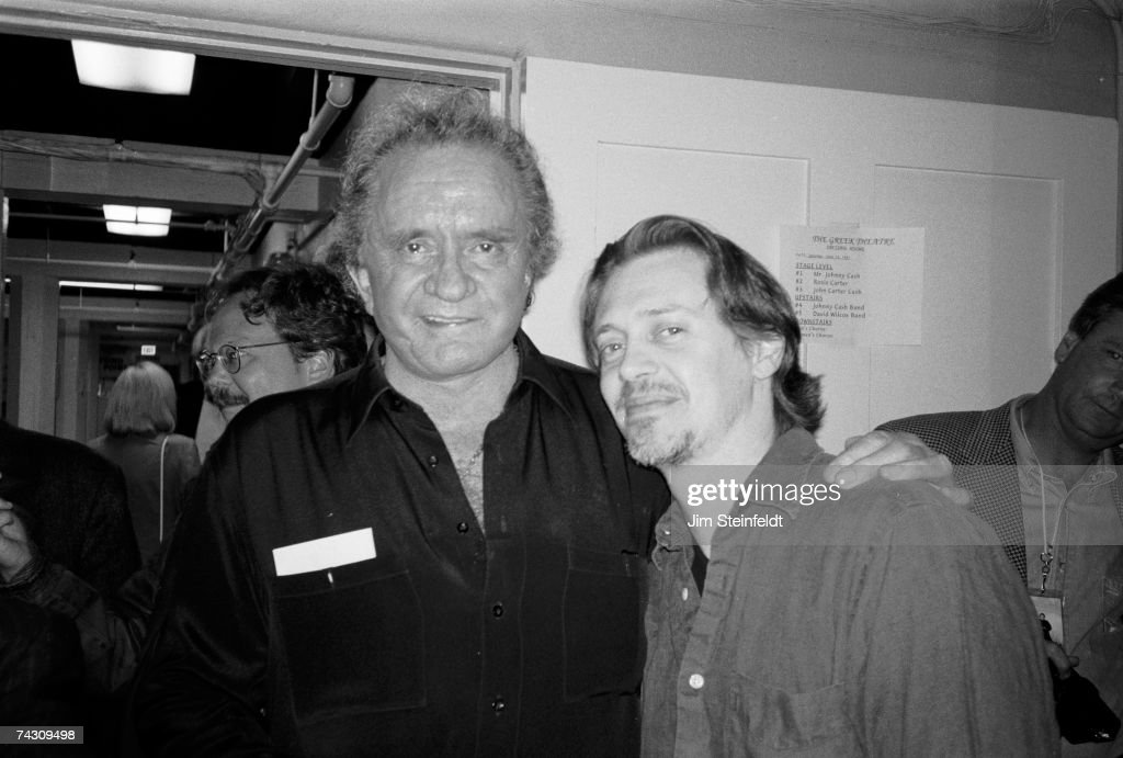 Cash And Buscemi Backstage : News Photo